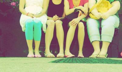 4_bench_feet